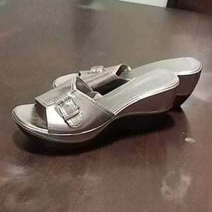 Guess metallic silver buckle sandals